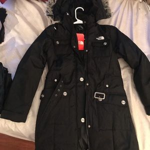 BRAND NEW NEVER WORN! The North face jacke…